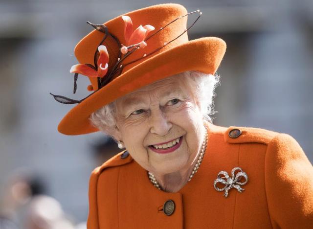 8435526bf7acf6bfa6560c5408592bd2d1704b36w - Isabel II planea incorporar un nuevo asesor que defienda la diversidad en la monarquía