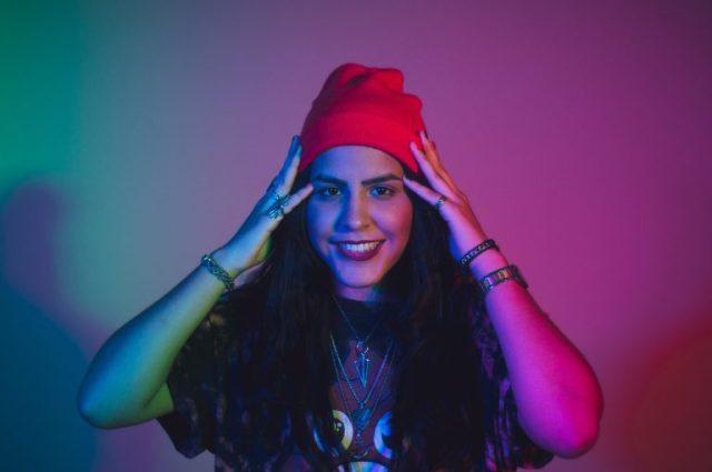 DSC6484 scaled 1 - La cantante venezolana Carri estrenó nuevo sencillo