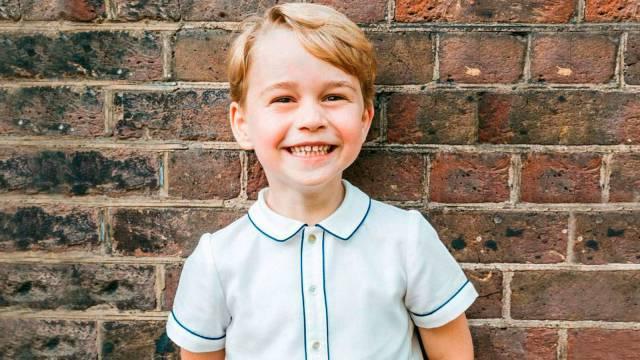 george  - El príncipe Jorge ya se está preparando como heredero al trono