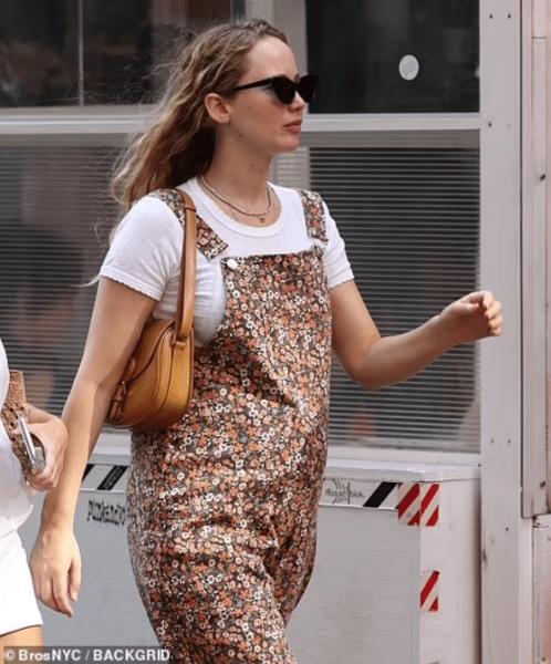 jennifer lawrence - Jennifer Lawrence está en la dulce espera (FOTOS)