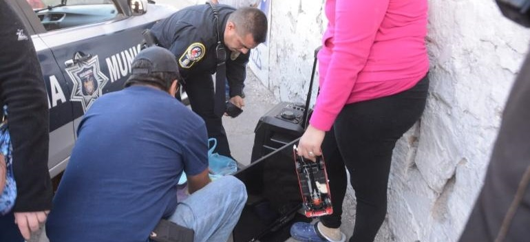 Sorprenden a ladrón y tras persecución aseguran artículos robados