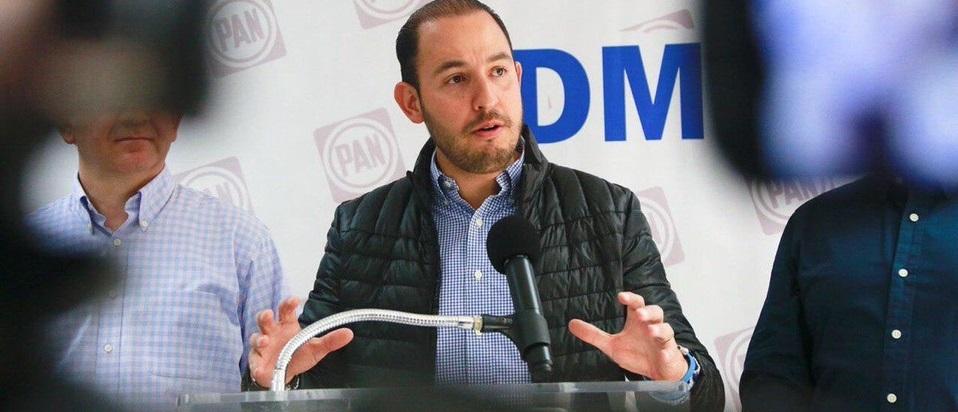 Líder del PAN insinúa que AMLO asesinó a gobernadora de Puebla
