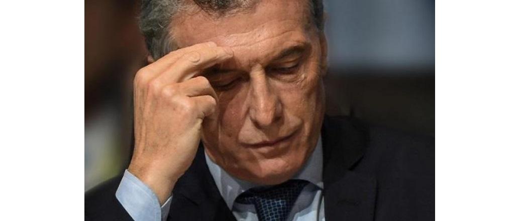 Dólar a 47 pesos, la moneda argentina se devalúa otra vez