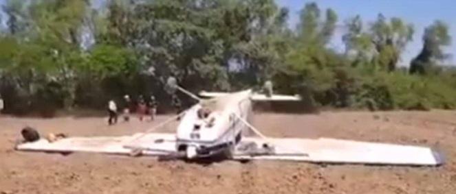 Cae avioneta en costa de Jalisco; sobreviven piloto y copiloto