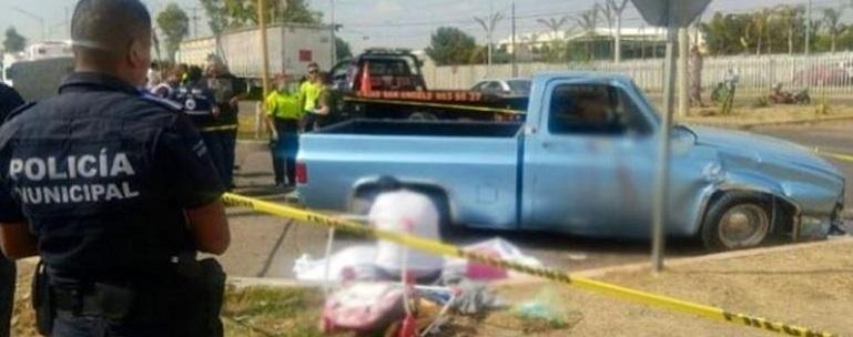 Fatal volcadura en la carretera a Delicias; murieron dos niños