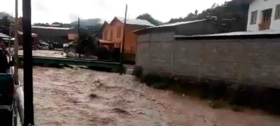 Mueren dos niños tarahumaras arrastrados por la corriente