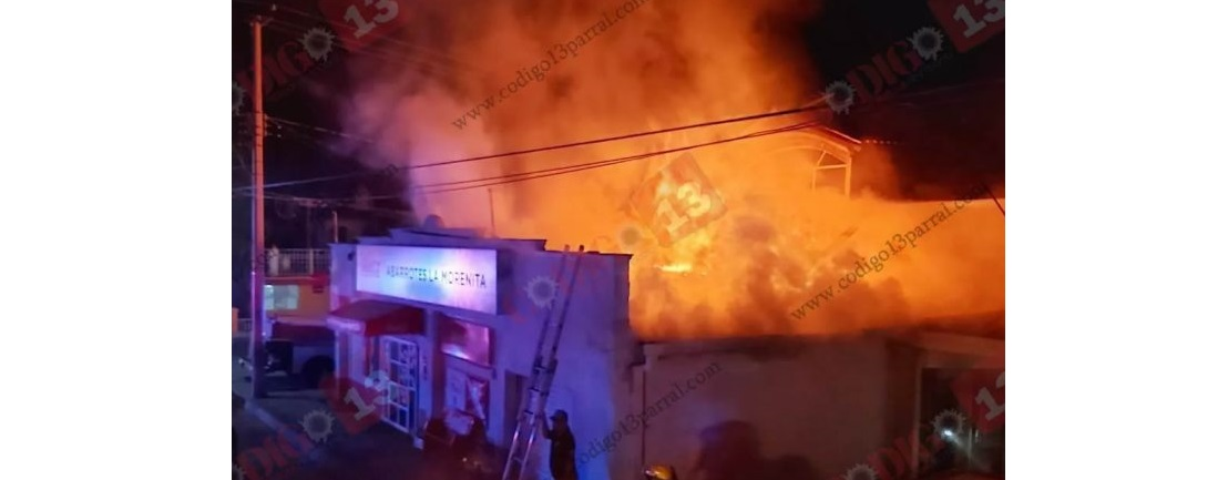 Prende en llamas tienda de abarrotes en Parral