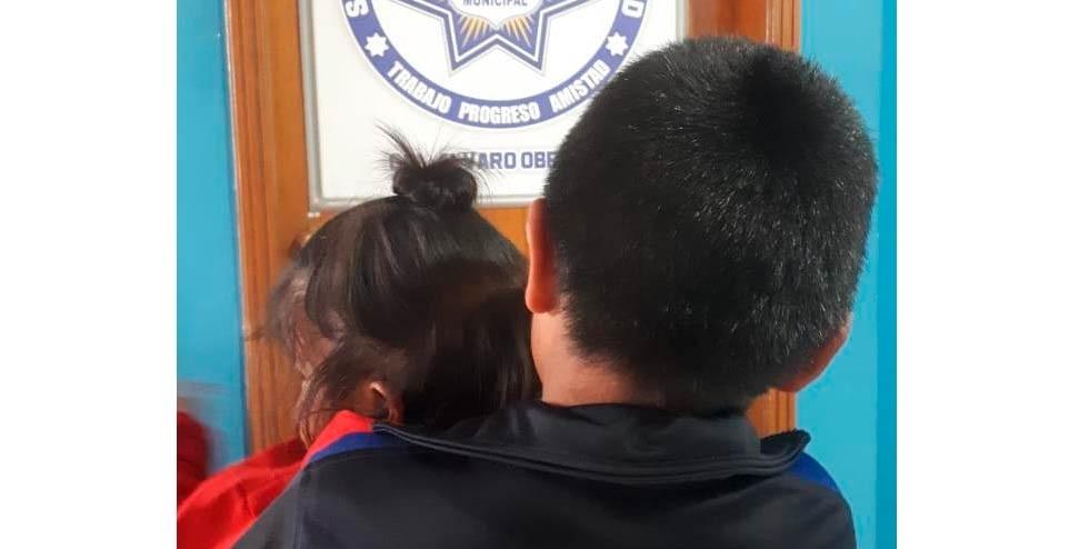 Retienen a dos menores en Rubio por padres alcohólicos