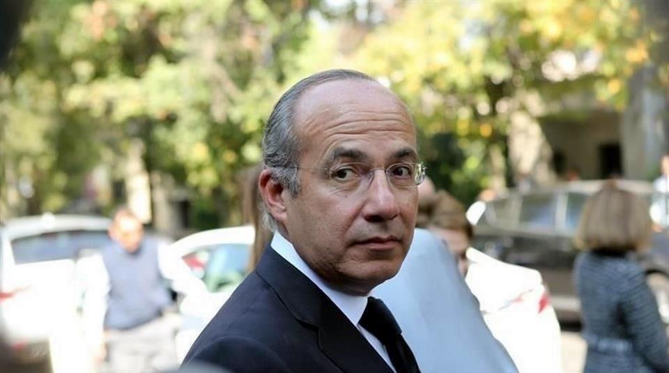 Pide Espino indagar a Calderón