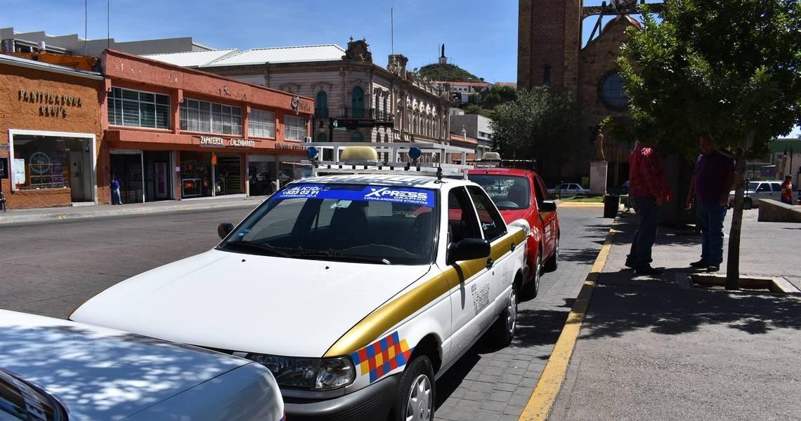 Retoma Parral instalación de dispositivos de seguridad en taxis