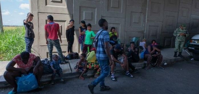 Amenazan a migrantes secuestro y redadas en México