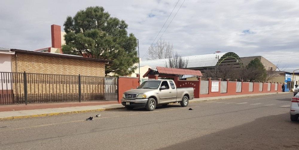 Hallan muerto a bordo de un vehículo en zona centro