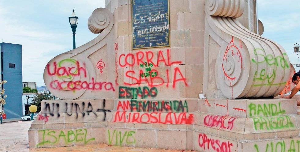 Corral, en contra de pintas en monumentos