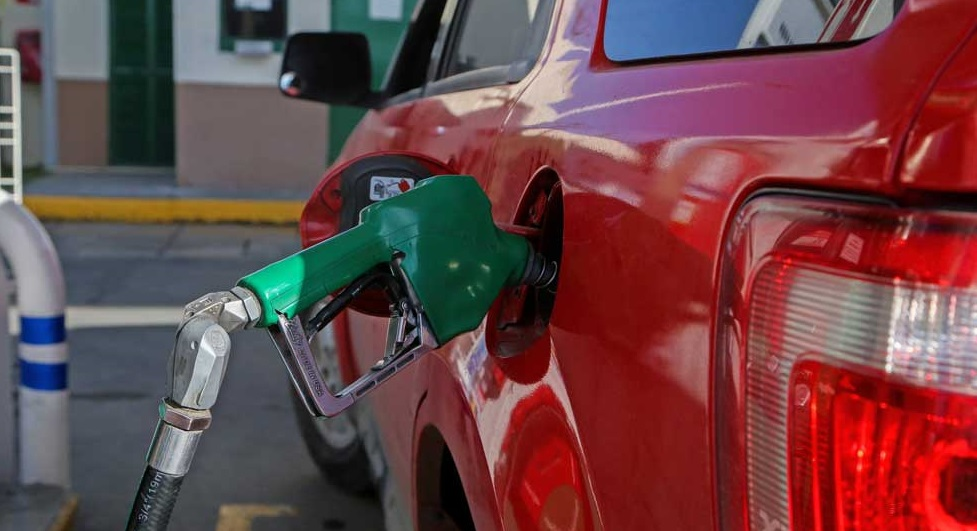 Baja otra vez la gasolina en Juárez; se vende hasta en 8.30 pesos