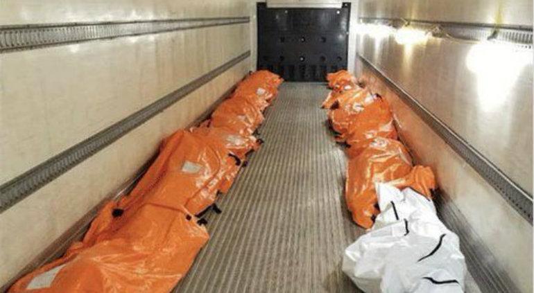 Así retiran decenas de muertos por coronavirus de hospital en NY: ?