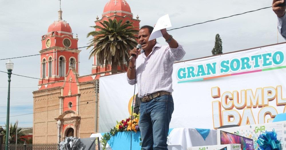 Impone alcalde de jiménez toque de queda