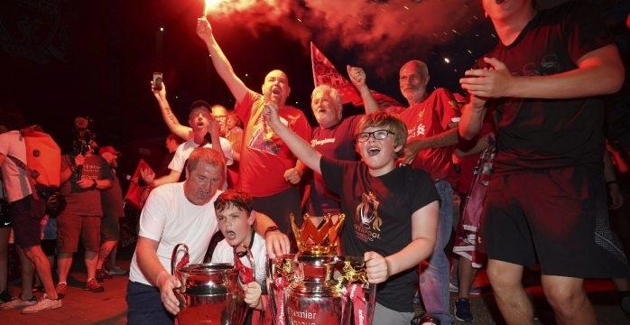 Después de 30 años Liverpool vuelve a ganar liga premier