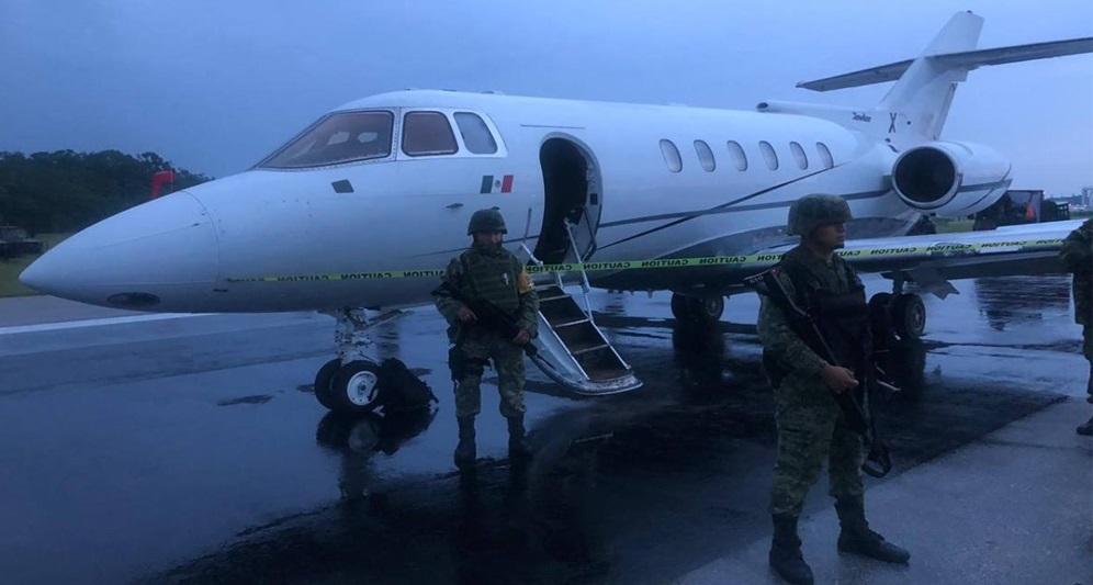 Aseguran avión con tonelada y media de cocaína en quintana roo