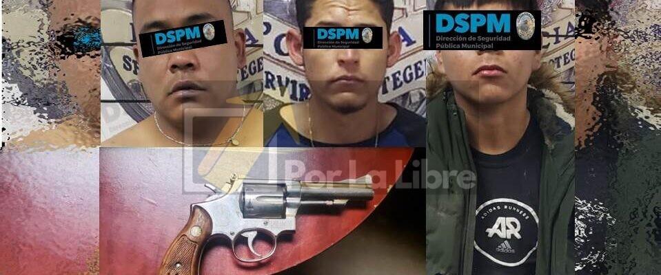Atrapan a tres probables autores de robar 300 mil pesos