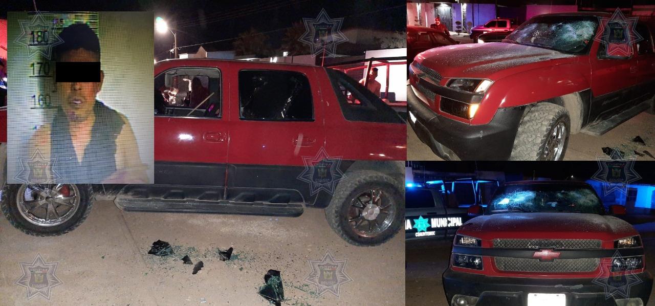 Cuauhtémoc > Detienen a un hombre por causar daños a una pick up