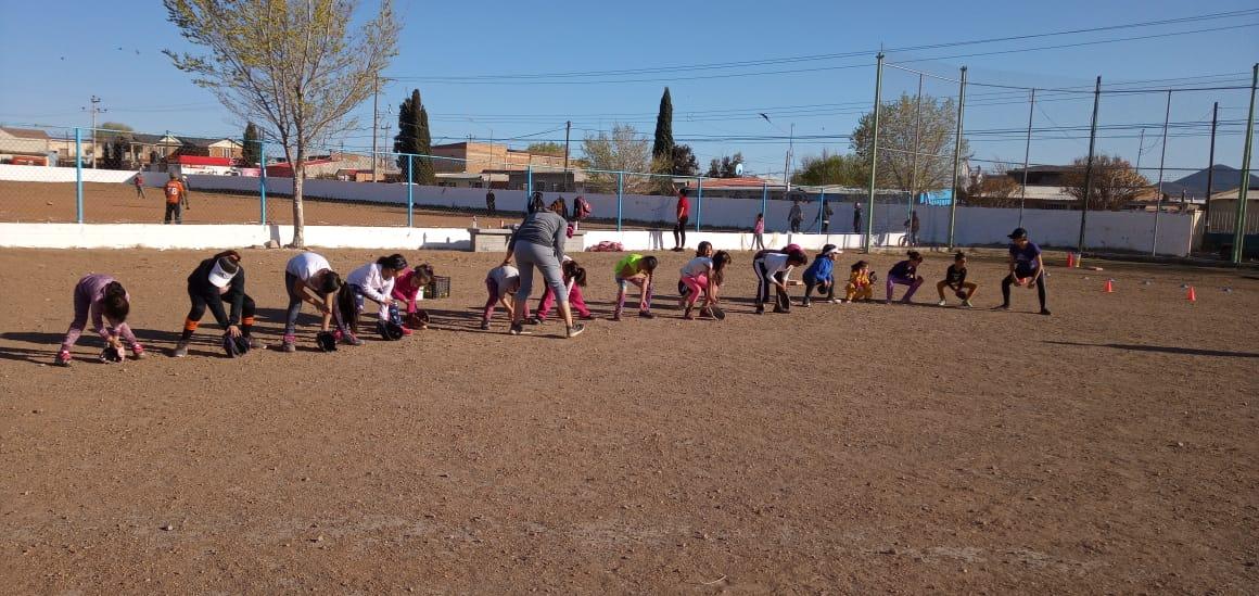Avanza con éxito Academia de Softbol Femenil implementada por el Instituto del Deporte de Cuauhtémoc