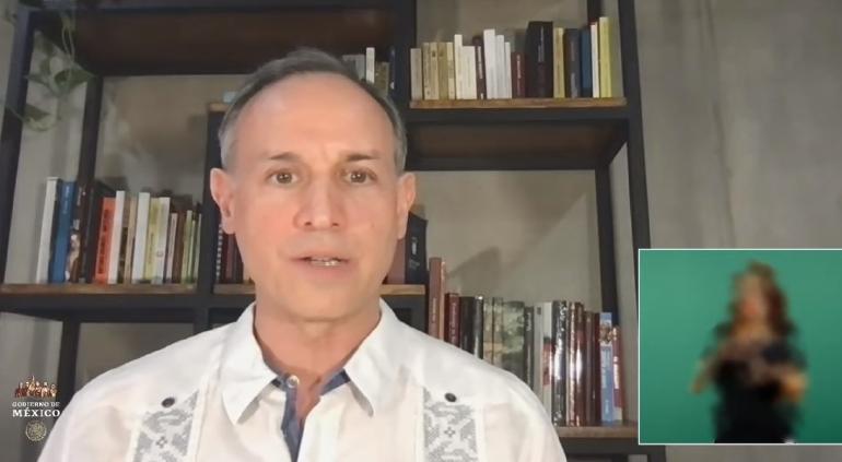 Reaparece Hugo López-Gatell en conferencia; todavía tiene COVID