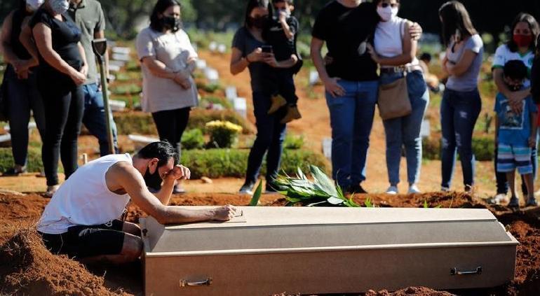 Trágica tercera ola COVID en Brasil: 3,693 nuevas muertes en 24 horas