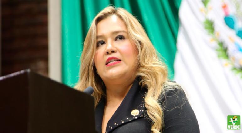 Rechaza juez garantía económica a María Ávila; da prórroga 2 semanas