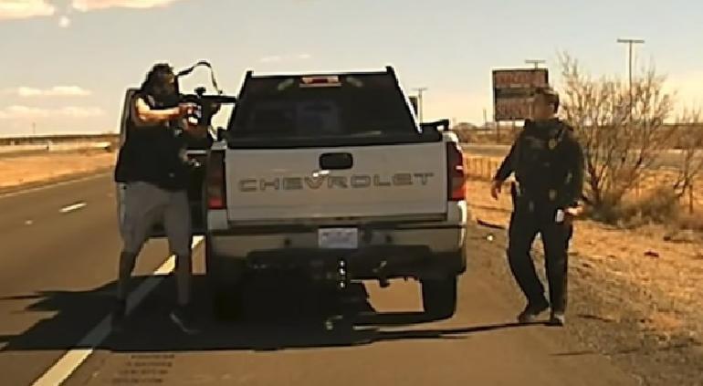 Momento en que traficante asesinó a Policía en Nuevo México