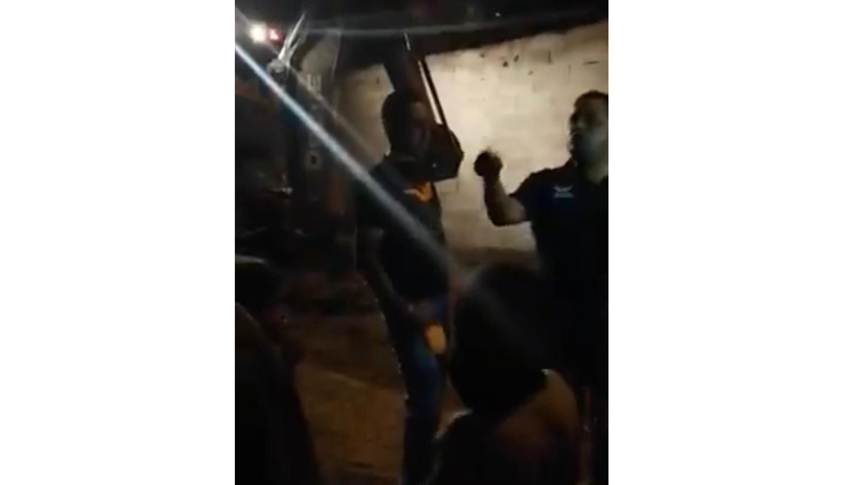 """Video : Alfredo Lozoya y Miguel Riggs derriban vivienda de familia humilde, aseveran se trataba de un """"picadero"""""""