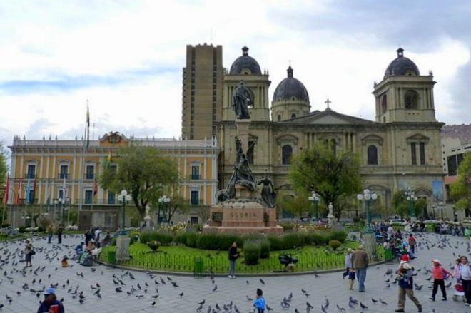 Plaza Murillo La Paz Bolivia 6