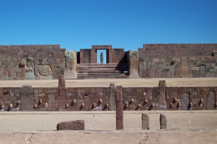 tiwanaku_verzonkentempel la paz bolivia