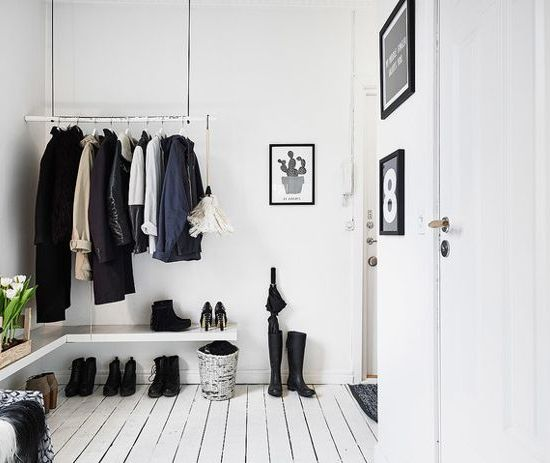 minimal and sustainable wardrobe