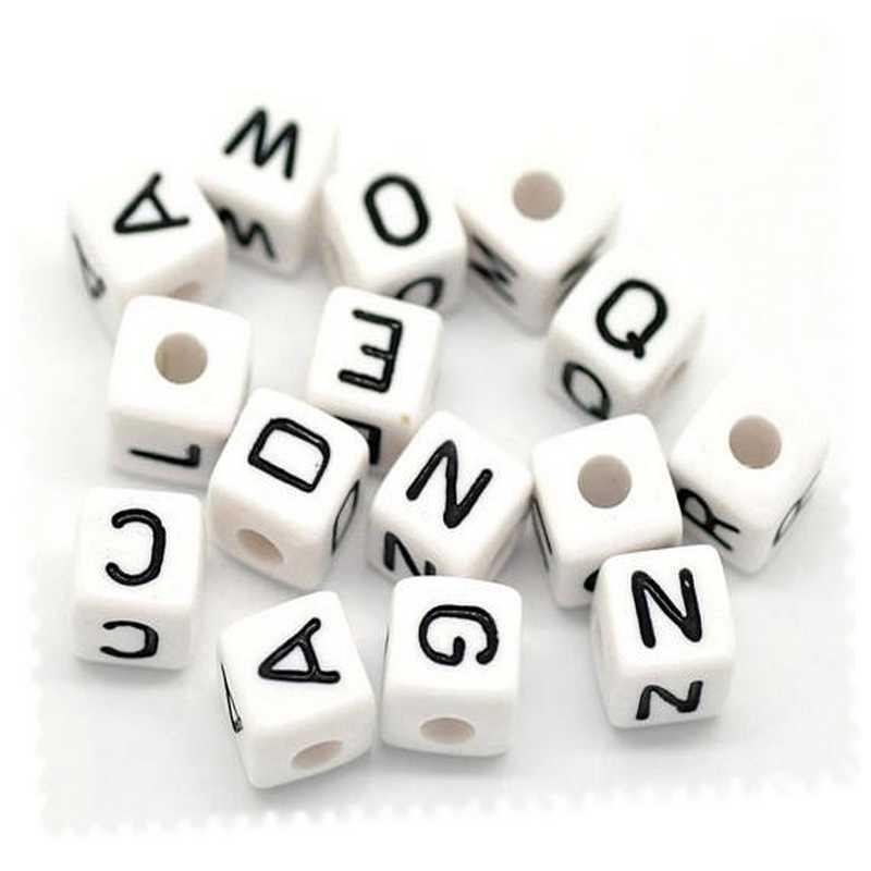 Perles carrées alphabet blanc 10 x 10 mm