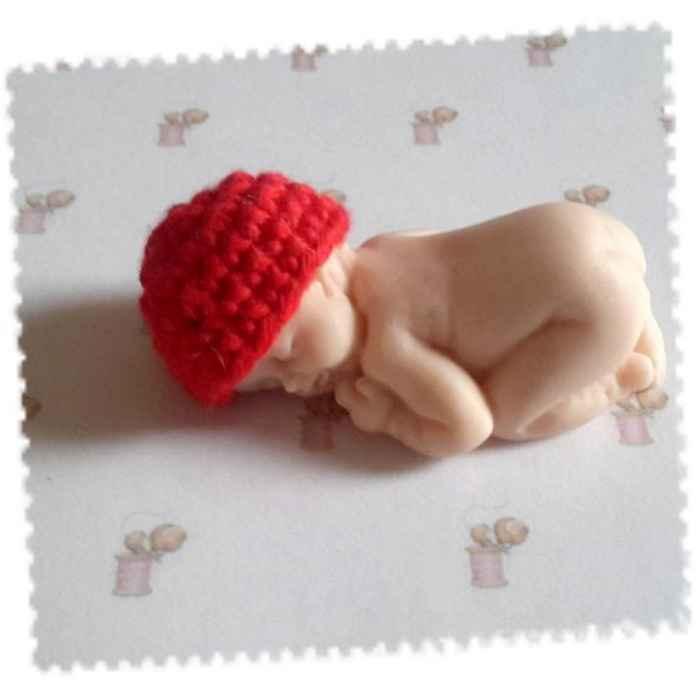 bonnet miniature crochet coton rouge