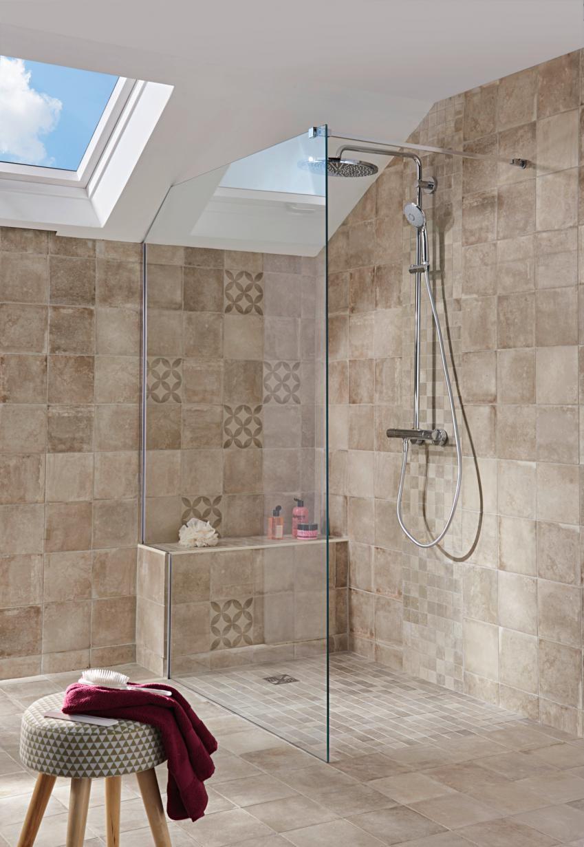 comment poser une paroi de douche a l