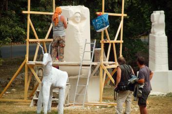20-07-2015 la déesse Danu devant le dieu Lug