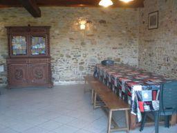 Gîte d'étape et de séjour - Vue Salle Commune La Belette - Coin salle à manger