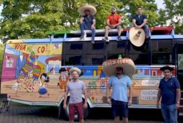 Coupe du monde: ils partent du Mexique en bus pour rallier Moscou ! (Video)