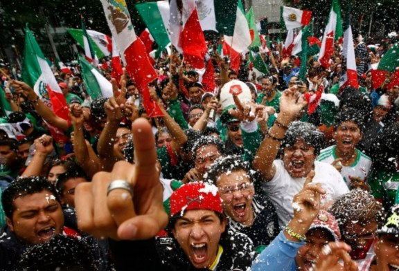 Le Mexique fête le 209ème anniversaire de son indépendance y compris á Paris ! (Video)