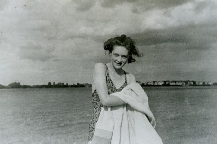 """Foto di """"Pam"""" sulla spiaggia."""