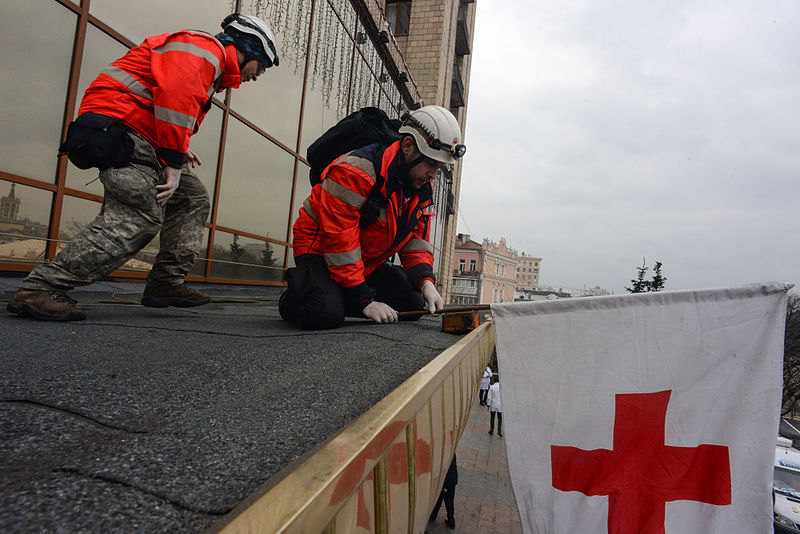 red-cross-kiev-feb-2014