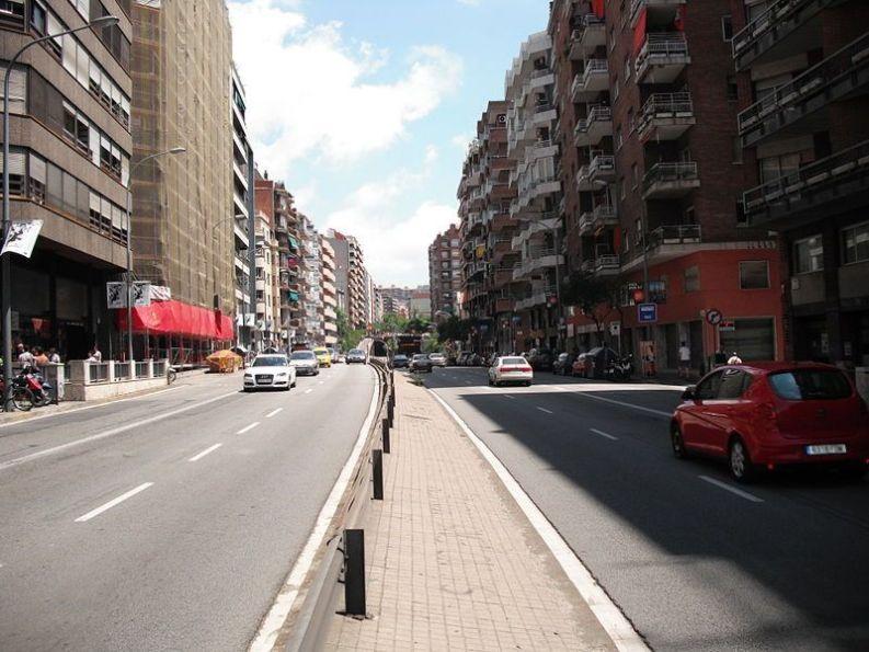 Travessera De Dalt a Barcellona [CC BY-SA 3.0]