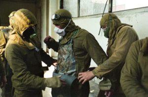 Černobyl', 1986: militari si preparano a salire sul tetto