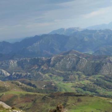 Views from Pienzu Peak