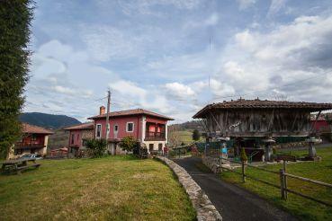Entrada de Apartamentos Rurales zona Picos de Europa