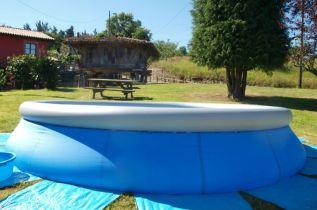 La piscina de los Apartamentos Rurales de Romillo