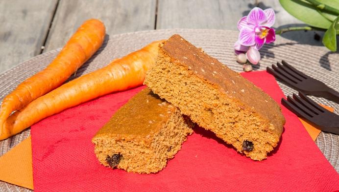 Bizcocho Vegano de Naranja y Zanahoria