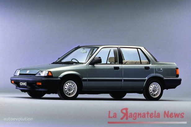 HONDACivic4Doors-871_1