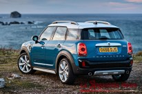 mini-countryman-2017_08